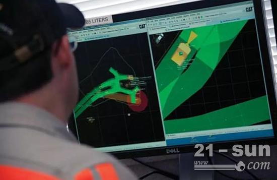 酷!卡特彼勒用虚拟矿场来做什么?